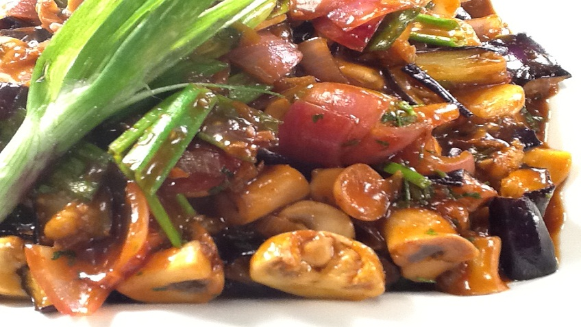 stir fried brinjals and mushrooms