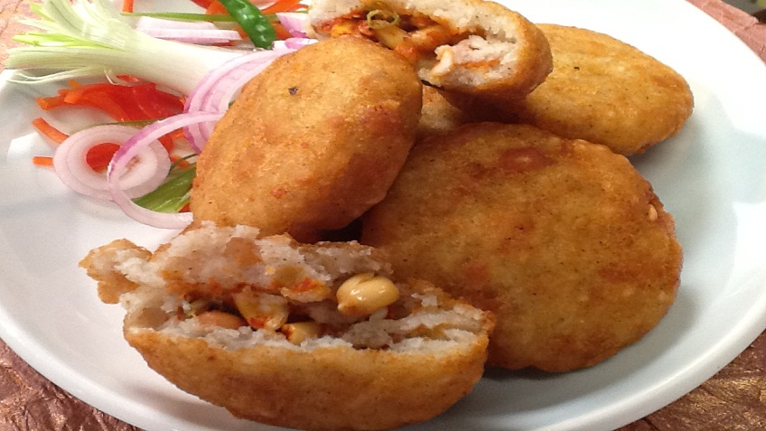 stuffed poha aloo kachori