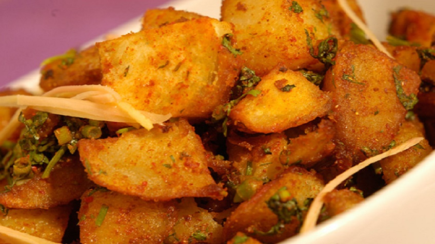 Aloo-Chaat-Dilli-Style-