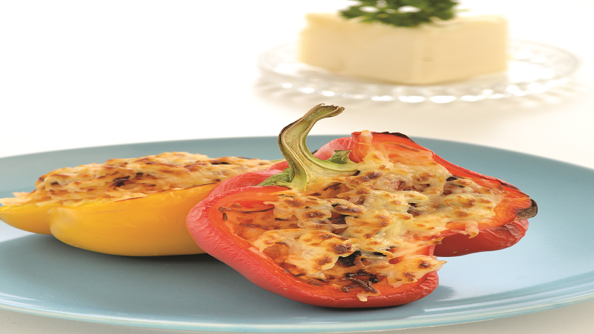 Cheesy rice stuffed peppers