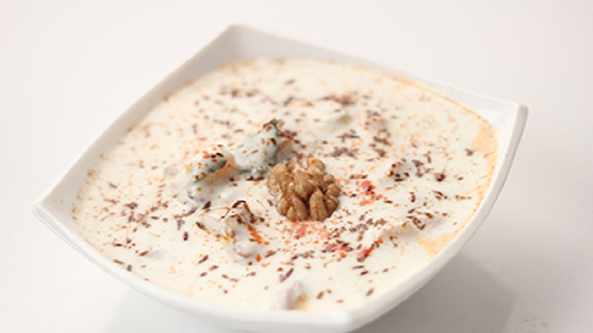 Apple_and_Walnut_Raita