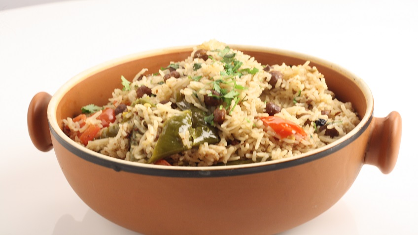 Pickled Chic Pea Pulao (Achari Chana Pulao)