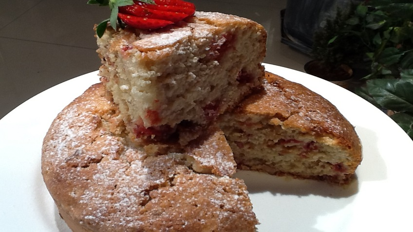 STRAWBERRY OATS CAKE